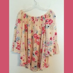 beachlunchlounge Tops - NWT Beachlunchlounge Floral Ellora Top Sz Large